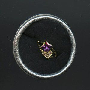 Ring, Engagement/Promise, Bling -Amethyst, accents